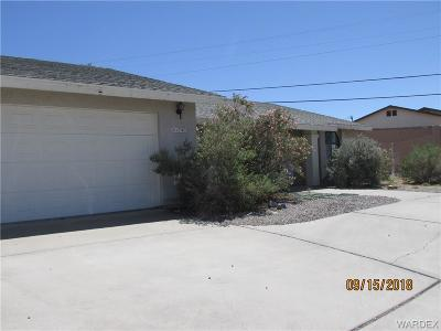 Bullhead AZ Single Family Home For Sale: $250,000