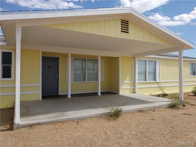 Mohave County Manufactured Home For Sale: 3806 N Glen Canyon Road