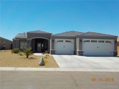 Fort Mohave Single Family Home For Sale: 2102 E Valor Dr