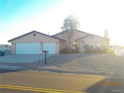 Bullhead AZ Single Family Home For Sale: $259,900