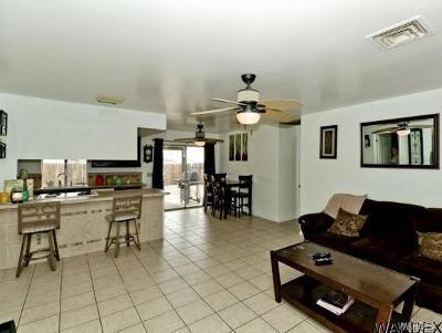 Lake Havasu Single Family Home For Sale: 525 Meadows Drive