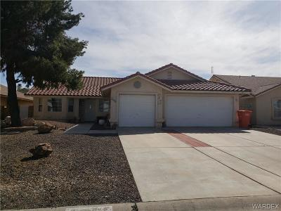 Kingman AZ Single Family Home For Sale: $178,000