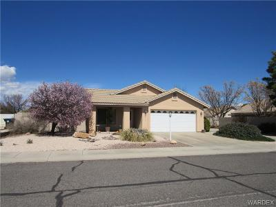 Kingman AZ Single Family Home For Sale: $210,000
