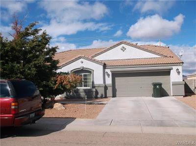 Kingman AZ Single Family Home For Sale: $220,000