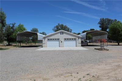 Mohave County Single Family Home For Sale: 1815 E Cottonwood Lane