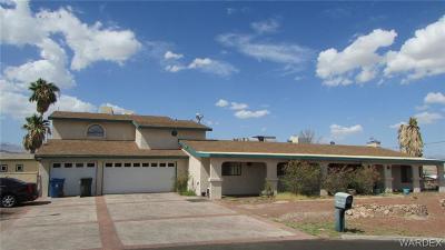Bullhead AZ Single Family Home For Sale: $325,000