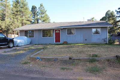 Navajo County Single Family Home For Sale: 1221 W Oliver