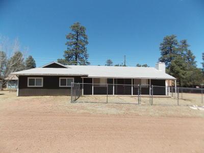 Overgaard AZ Single Family Home For Sale: $189,900