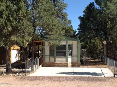 Overgaard AZ Manufactured Home For Sale: $83,900