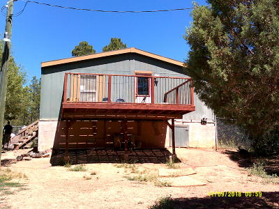 Navajo County Manufactured Home For Sale: 4035 W Sr 60 Hwy.