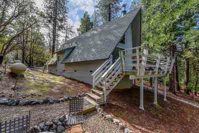 Pioneer Single Family Home For Sale: 25381 Sugar Pine Drive