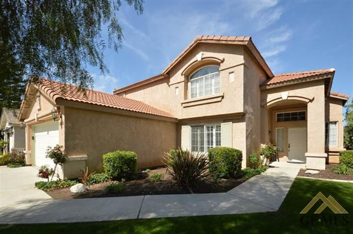 8922 Red River Court