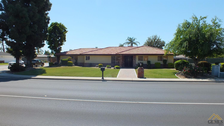 7801 Olive Drive
