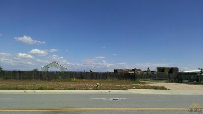 Shafter Residential Lots & Land Active-Contingent: 320 Carsen Way