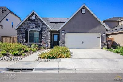 Shafter Single Family Home For Sale: 9128 Red Pine Drive