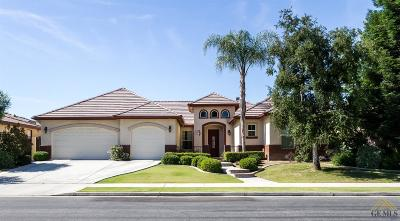 Bakersfield CA Single Family Home For Sale: $409,900
