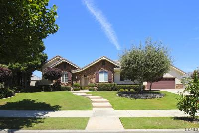 Bakersfield Single Family Home For Sale: 12712 Crown Crest Drive