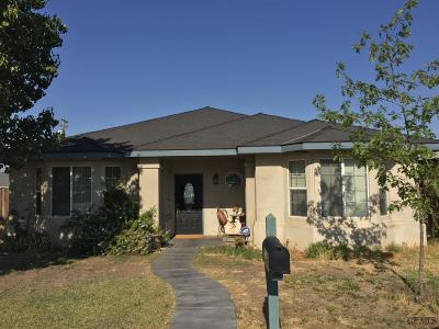 Taft Single Family Home For Sale: 616 Taylor Street