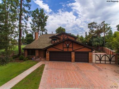 Bakersfield Single Family Home For Sale: 1000 Tam O Shanter Drive