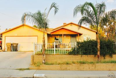 Bakersfield CA Single Family Home For Sale: $139,900