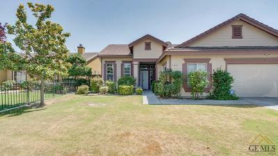 Bakersfield CA Single Family Home For Sale: $275,000