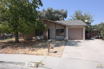 Bakersfield Single Family Home For Sale: 5216 Langdon Avenue