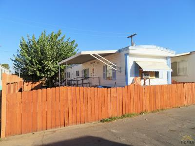 Bakersfield Manufactured Home For Sale: 224 McCord Avenue #26