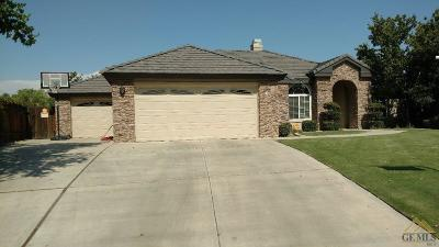 Bakersfield CA Single Family Home For Sale: $465,000