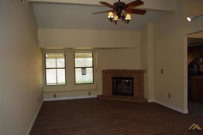 Bakersfield Rental For Rent: 8612 Hassam Drive