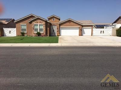 Bakersfield Single Family Home For Sale: 6204 Fire Opal Drive
