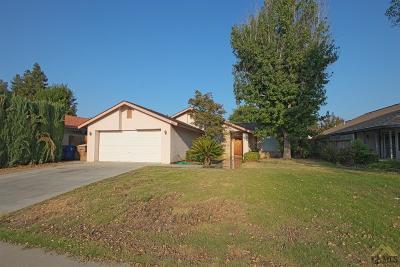Bakersfield Single Family Home For Sale: 3620 Abbott Drive