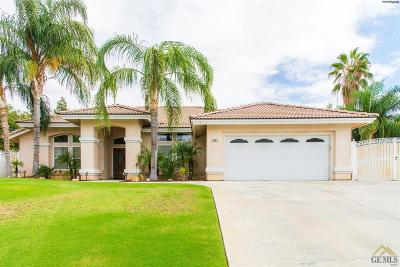 Bakersfield Single Family Home For Sale: 3903 Mont Blanc Terrace