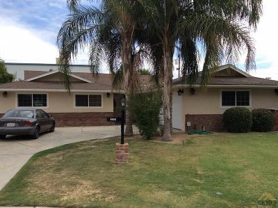 Bakersfield Single Family Home For Sale: 2708 Delburn Street