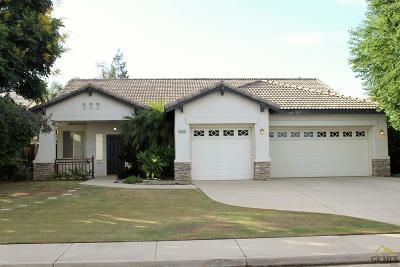 Bakersfield Single Family Home For Sale: 8706 Sandpines Drive