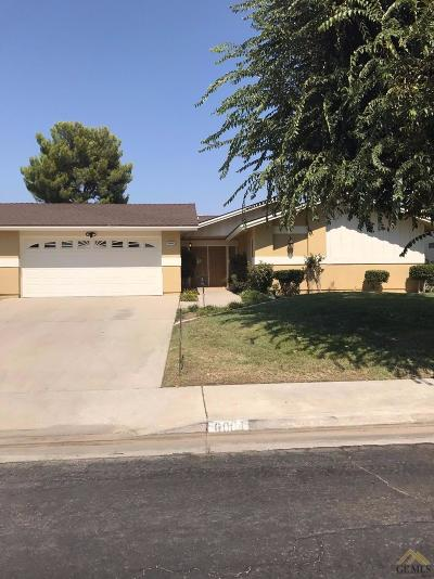 Bakersfield Single Family Home For Sale: 6004 Cypress Point Drive