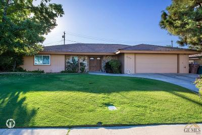 Bakersfield CA Single Family Home For Sale: $239,900
