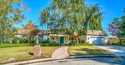 Bakersfield Single Family Home For Sale: 7200 Meadowbrook Lane