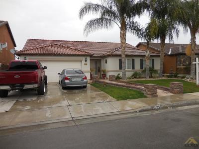 Delano Single Family Home For Sale: 2541 Casa Serena Drive