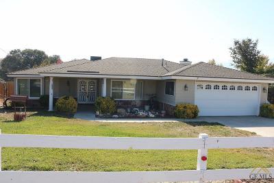 Tehachapi Single Family Home For Sale: 19432 Moon Drive