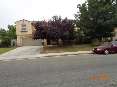 Bakersfield Single Family Home For Sale: 11717 Starligth Drive