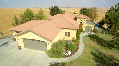 Bakersfield CA Single Family Home For Sale: $534,500
