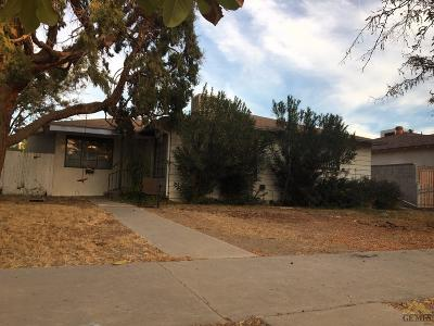 Wasco Single Family Home For Sale: 1026 Cedar Avenue