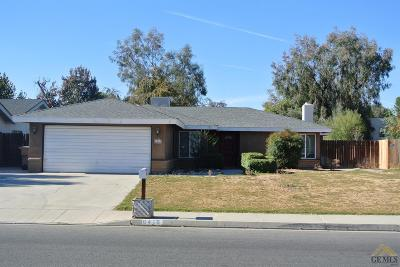Bakersfield Single Family Home Active-Contingent: 6416 Edgemont Drive