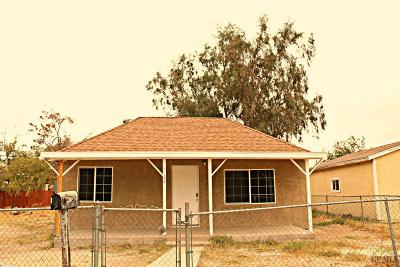 Bakersfield Single Family Home For Sale: 4936 Mayfair Court