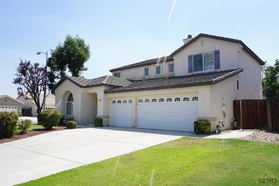 Bakersfield Single Family Home For Sale: 5303 Edge Water Drive