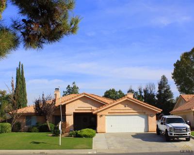 Bakersfield Single Family Home For Sale: 708 Boca Del Rio Drive