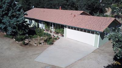 Tehachapi Single Family Home For Sale: 21221 Hacienda Drive