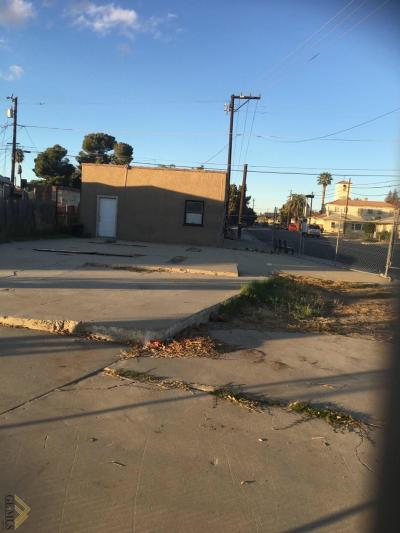 Bakersfield Residential Lots & Land For Sale: 905 Oildale Drive