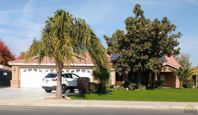 Bakersfield Single Family Home For Sale: 3404 Stonecreek Avenue