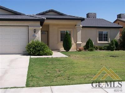 Bakersfield Single Family Home For Sale: 5417 Trabuco Canyon Drive